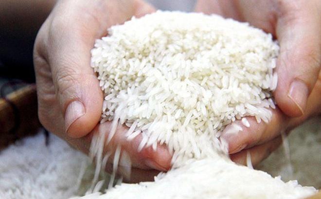 Túng quẫn tìm bạn vay 3 đấu gạo nhưng bị từ chối, phản ứng của người đàn ông khiến ai cũng phải suy ngẫm