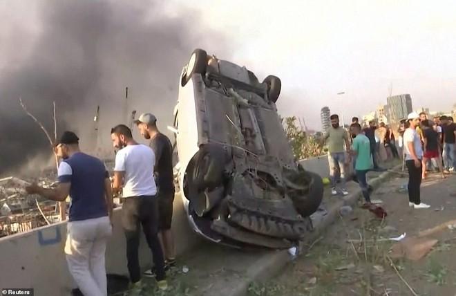 Nhiều người bị thổi bay: So sánh vụ nổ ở Beirut với thảm họa Chernobyl, nhân chứng phẫn nộ đòi công lý - Ảnh 2.