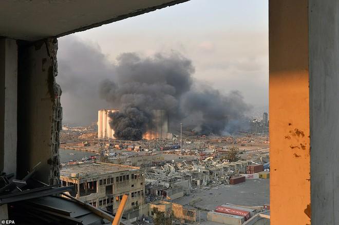 Nhiều người bị thổi bay: So sánh vụ nổ ở Beirut với thảm họa Chernobyl, nhân chứng phẫn nộ đòi công lý - Ảnh 8.