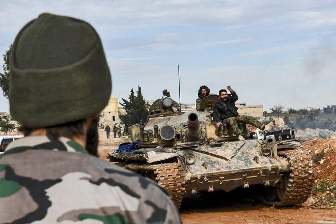 Máy bay Nga cất cánh khẩn cấp, cứu nguy cho Syria - Israel cảnh báo một kết thúc đau đớn cho Lebanon - Ảnh 1.