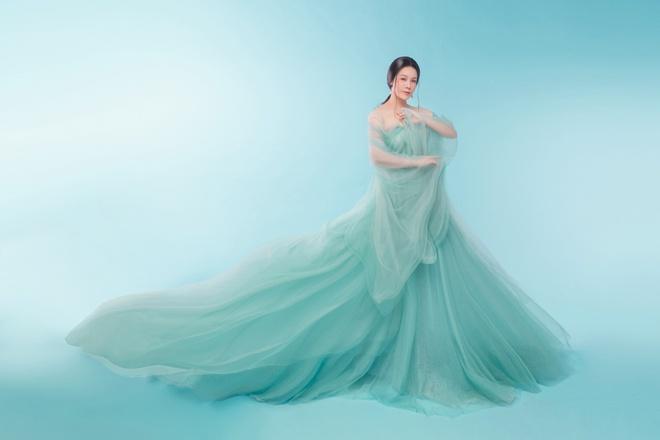 Nhật Kim Anh khoe thần thái trẻ đẹp trong loạt ảnh cổ trang - Ảnh 7.