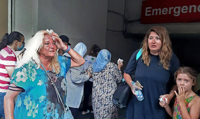 Nổ cực lớn ở Lebanon: Do hàn xì lỗ thủng của nhà kho? - Ảnh 2.