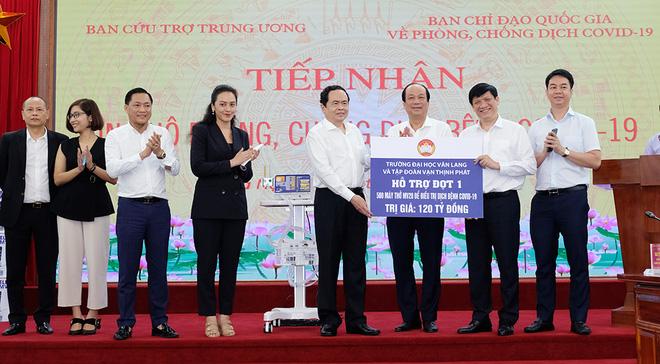 Ca nghi nhiễm ở Hải Phòng đã có kết quả âm tính; Nhiều thôn ở Bắc Giang bị phong tỏa - Ảnh 1.