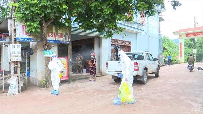 Bệnh nhân mắc Covid-19 ở Bắc Giang đến nhiều nơi đông người, di chuyển sang Quảng Ninh - Ảnh 1.