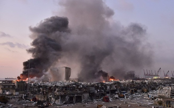 Nổ cực lớn ở Lebanon: Do hàn xì lỗ thủng của nhà kho?