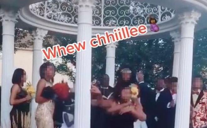 """Đang tổ chức hôn lễ, cô dâu chú rể bị một vị khách không mời phá đám khiến bữa tiệc trở nên """"dở khóc dở cười"""""""