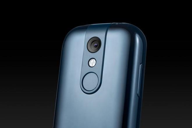 Quên điện thoại màn hình lớn đi, chiếc smartphone tí hon này mới đang là tâm điểm của sự chú ý - Ảnh 7.