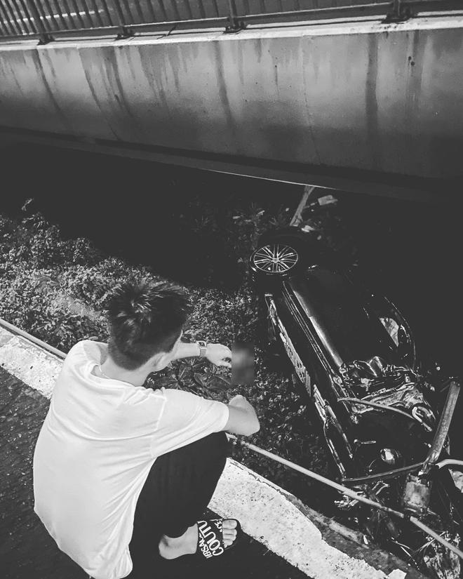 Vừa sang tay chủ mới 11 tỷ, chàng trai 26 tuổi xót xa khi siêu xe Porsche lao xuống cầu Sài Gòn, hư hỏng nặng - Ảnh 5.