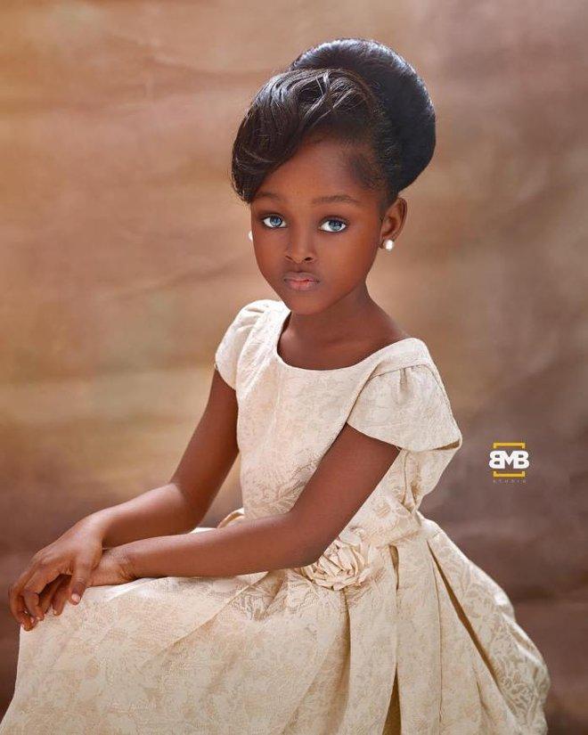 Sau 2 năm gây sốt mạng xã hội, cô bé châu Phi đẹp nhất thế giới hiện ra sao? - Ảnh 10.