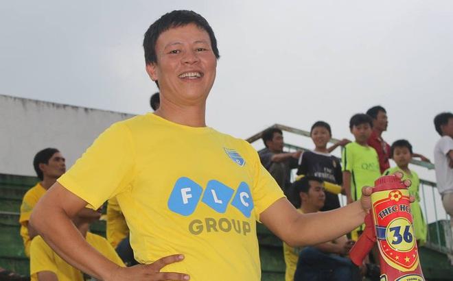 """Chủ tịch Hội CĐV Thanh Hóa nói gì khi bầu Đệ """"dọa"""" bỏ V.League?"""