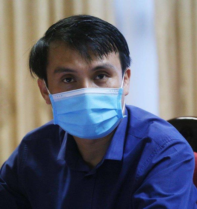 Những người đi dạo trong 3 bệnh viện đang bị phong toả ở Đà Nẵng - Ảnh 2.