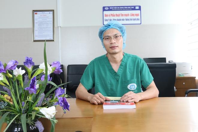 Trò chuyện với bác sĩ thực hiện ca mổ tim trực tuyến đầu tiên tại Việt Nam - Ảnh 2.