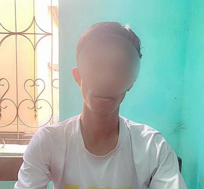 Quảng Bình: Làm rõ vụ 1 đối tượng lén quay clip nữ giáo viên đang tắm để… tống tiền - Ảnh 1.