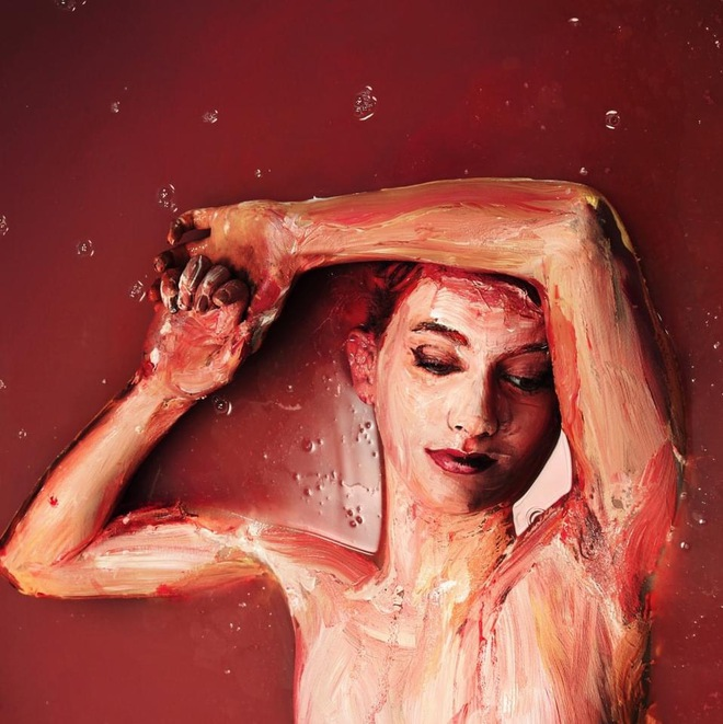 Bức tranh sơn dầu tả cảnh cô gái ngồi thẫn thờ, tưởng đơn giản nhưng ẩn chứa một sự thật có thể gây thót tim cho bất kỳ ai - Ảnh 6.