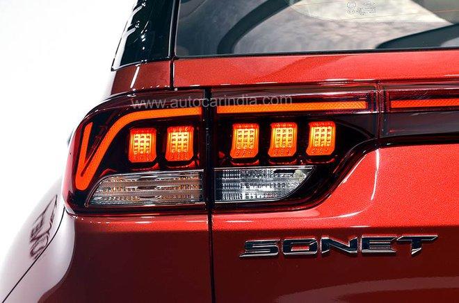 Cận cảnh chiếc Kia Sonet giá 217 triệu đồng với nhiều trang bị hiện đại - Ảnh 3.