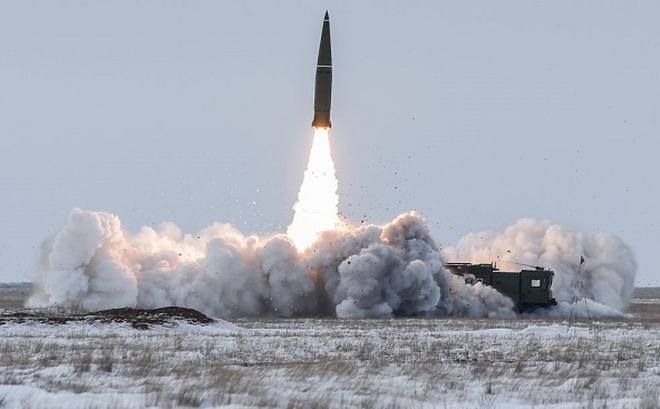 """Nga tung video khoe """"cơ bắp"""" của tên lửa Iskander-M"""