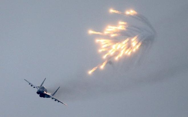 """Libya bị biến thành """"phòng thí nghiệm"""" tác chiến trên không như thế nào?"""