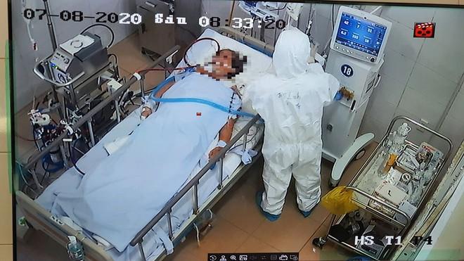 Bác sĩ từng điều trị cho bệnh nhân 91: Mình đi hết dịch, phải thắng trong trận chiến này mới quay về! - Ảnh 3.