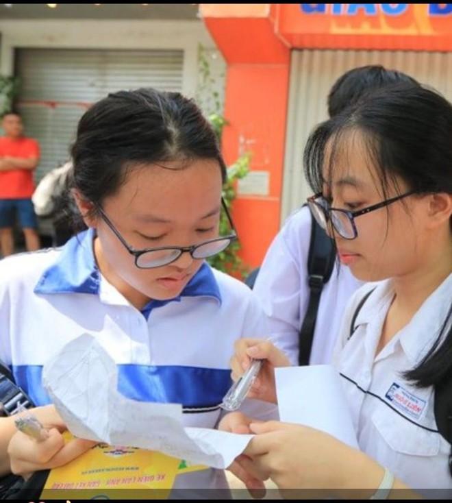 Gặp gỡ cô gái có điểm thi cao nhất vào lớp 10 công lập Hà Nội: Luôn đi ngủ lúc 10h nhưng bất ngờ hơn là quyết định chọn trường - ảnh 2