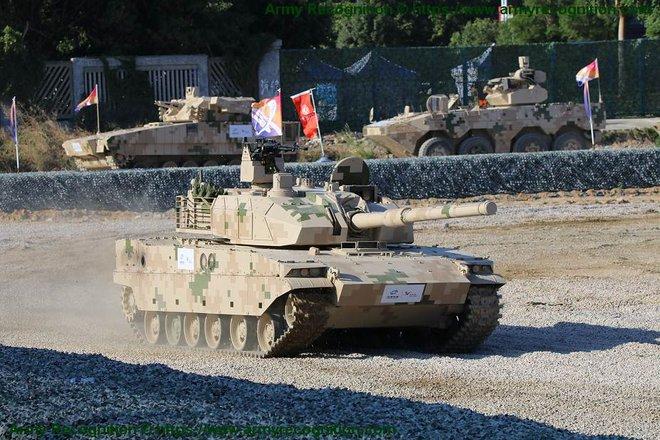 Biết rõ không ăn thua, Ấn Độ vẫn triển khai T-90 đối đầu Trung Quốc: Hé lộ lý do thực sự - Ảnh 1.
