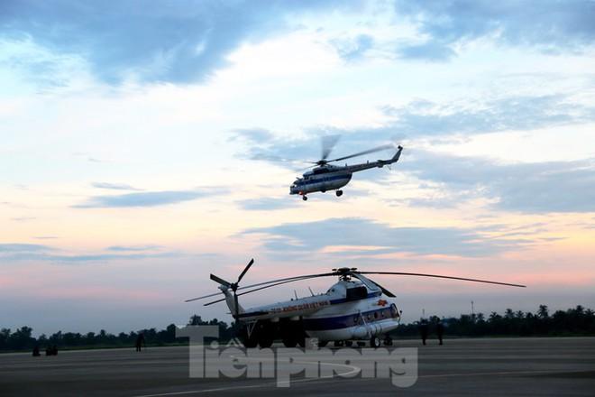Về Cần Thơ xem Không quân thao luyện cùng Hải quân - Ảnh 3.