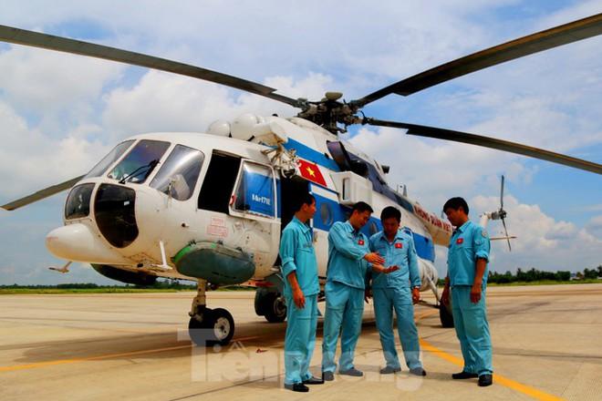 Về Cần Thơ xem Không quân thao luyện cùng Hải quân - Ảnh 6.