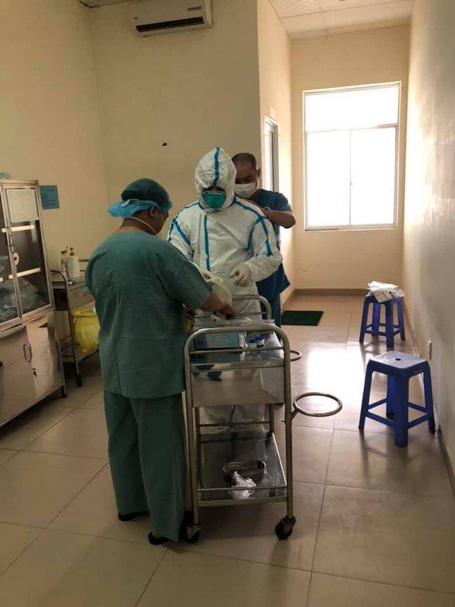 Thực hư suất ăn chỉ có rau và cơm cho bệnh nhân Covid-19 ở bệnh viện dã chiến Hoà Vang? - Ảnh 3.