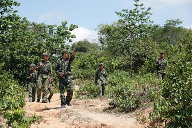 Biên phòng Lao Bảo liên tiếp đánh án trong mùa dịch - Ảnh 2.