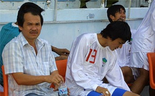 """Nỗi ám ảnh một thời của bóng đá Việt & """"cuộc tình"""" làm nên tên tuổi bầu Đức"""