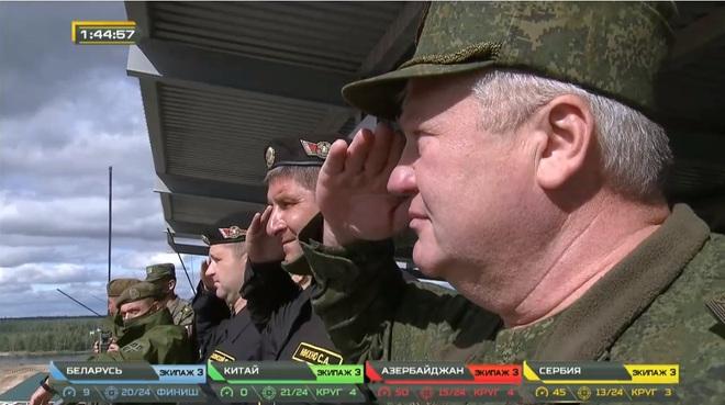 Tank Biathlon 2020: Xe tăng Trung Quốc bị hỏng, lính ngất xỉu giữa đường đua, chỉ huy rất lo lắng - Tụt lại phía sau rồi - Ảnh 2.