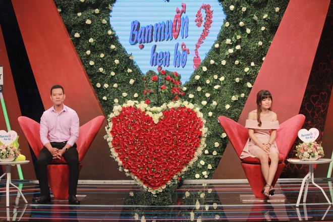 Cô gái mang bảng tiêu chuẩn ISO đi tìm người yêu ở Bạn muốn hẹn hò và cái kết sau 2 năm - Ảnh 2.
