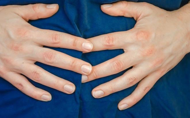 """9 dấu hiệu """"lặng thầm"""" của ung thư đại tràng: Nhận biết sớm để điều trị kịp thời!"""