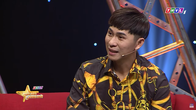 Châu Gia Kiệt: Có những bà ngoại chỉ còn một cái răng cũng lên tặng tôi nải chuối, củ khoai - Ảnh 4.