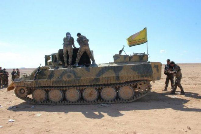 Máy bay lạ liên tiếp không kích QĐ Syria, Thổ tố Nga ráo riết tuyển lính đến Libya! - Ảnh 1.