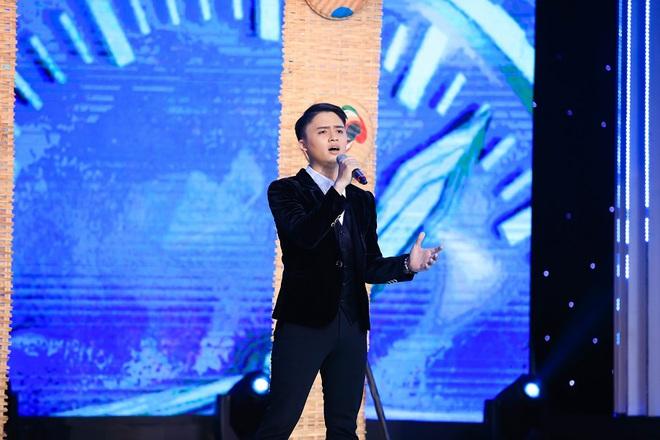 Mẹ ca sĩ Đào Ngọc Sang nhắn tin nhờ Đàm Vĩnh Hưng giúp con trai đi hát - Ảnh 1.