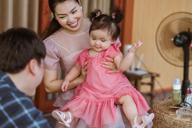 Nguyễn Ngọc Anh công khai cuộc sống gia đình với Tô Minh Đức trong MV mới - Ảnh 1.
