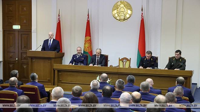 TT Lukashenko nói không muốn đất nước trở lại vũng bùn; Nga nói gì về tin đồn sáp nhập Belarus? - Ảnh 1.