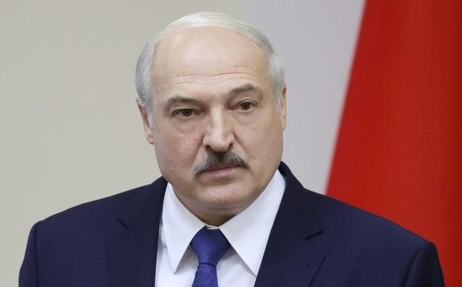 """TT Lukashenko nói không muốn đất nước trở lại """"vũng bùn""""; Nga nói gì về tin đồn sáp nhập Belarus?"""