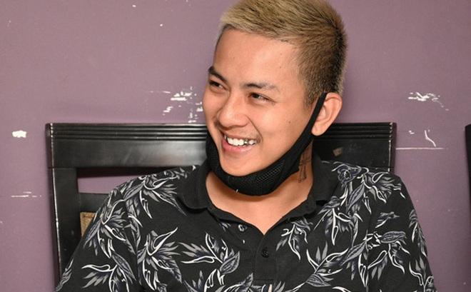 """Hoài Lâm: 19 tuổi quán quân """"Gương mặt thân quen"""" nhưng đời tư rắc rối bỏ phí """"lộc trời"""""""