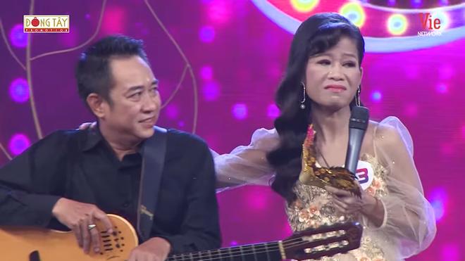 6 năm nghỉ hát vì bệnh hiểm nghèo, ca sĩ Thái Trân bật khóc trở lại sân khấu - Ảnh 5.