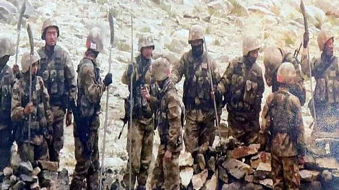 Giải mã chuyện Quân giải phóng Trung Quốc cầm Thanh Long đao áp sát trận địa Ấn Độ - Ảnh 1.