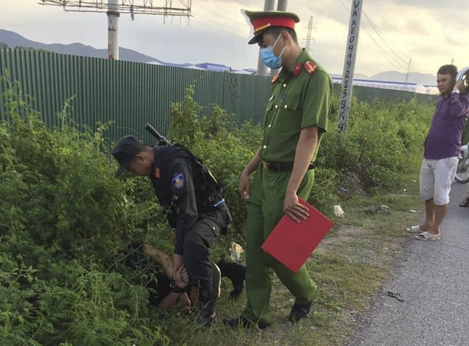 Vụ tài xế tông chiến sỹ cảnh sát cơ động tử vong: Đối tượng bỏ chạy đã ra đầu thú - Ảnh 1.
