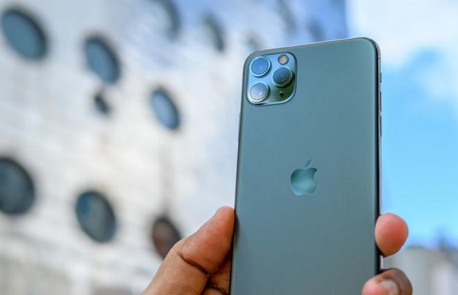 Số người quan tâm đến iPhone 11 bất ngờ giảm mạnh, dồn sự quan tâm đến iPhone 12 sắp ra mắt - Ảnh 1.