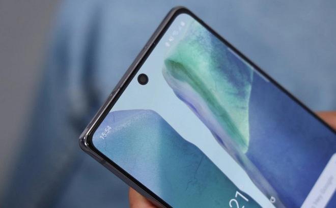 Galaxy S21 có thể là mẫu flagship cuối cùng của Samsung còn camera trên màn hình