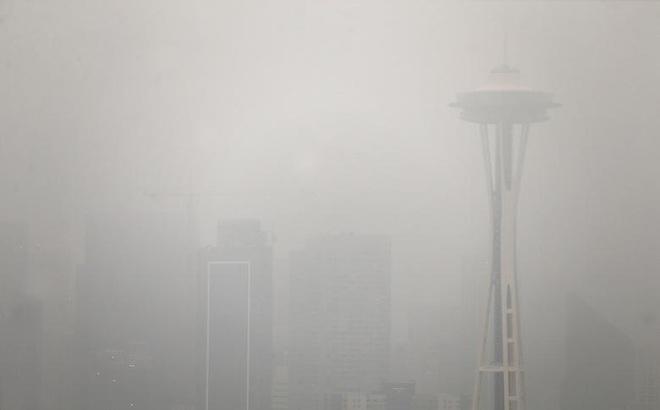 24h qua ảnh: Khói cháy rừng phủ kín bầu trời thành phố Seattle, Mỹ