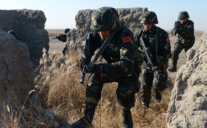 """Nước láng giềng với Trung-Ấn nhận """"cảnh báo cấp cao nhất"""" về hoạt động của TQ tại biên giới"""