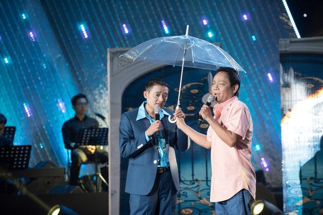 Nghệ sĩ Tấn Hoàng: Bây giờ ai mời hát đám giỗ, đám ma gì tôi cũng nhận - Ảnh 2.