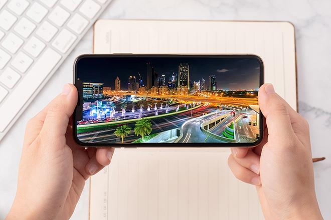 Loạt iPhone đầu tiên về Việt Nam có giá không tưởng - Ảnh 6.