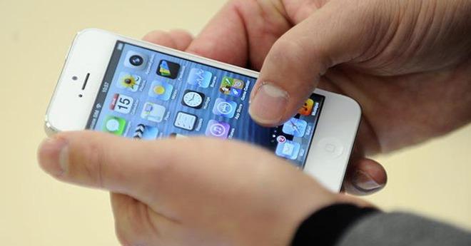 Loạt iPhone đầu tiên về Việt Nam có giá không tưởng - Ảnh 12.