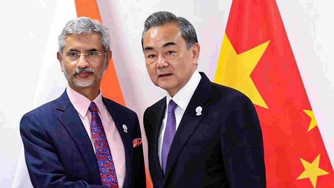 Nước cờ kép của Ấn Độ buộc Trung Quốc phải chùn bước trên 2 trận địa nóng - Ảnh 1.